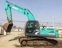 二手神钢210-8挖掘机