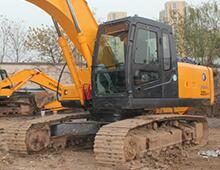 二手现代225-7挖掘机
