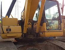 二手小松200-7挖掘机