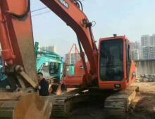 二手斗山150-7挖掘机