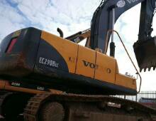 二手沃尔沃EC210挖掘机